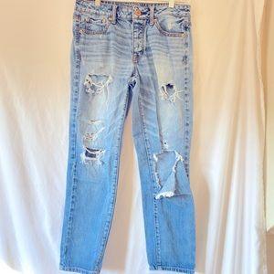 American Eagle Size 2 Boy Crop Jeans